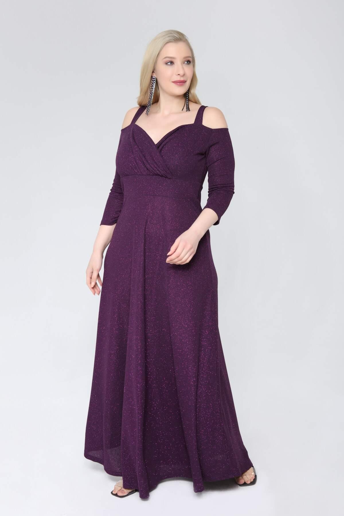 Angelino Büyük Beden Esnek Omuzlar Askılı Uzun Abiye Elbise 9005