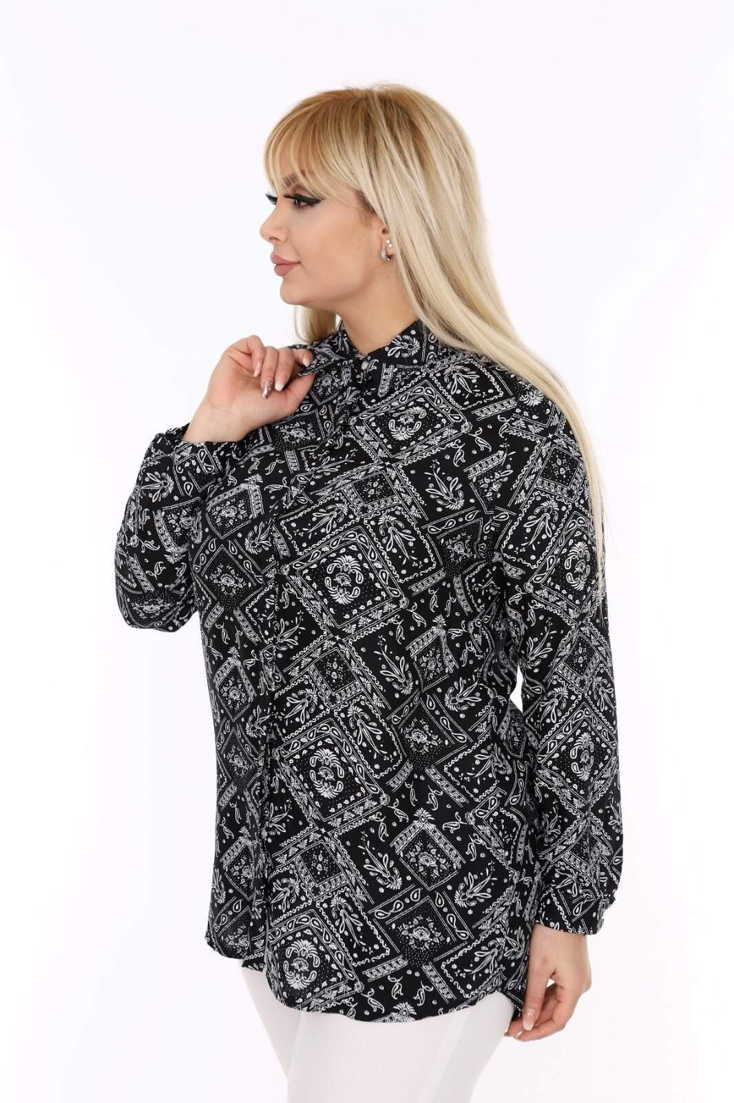 Büyük Beden Karo ve Çiçek Detaylı Siyah Gömlek AF604