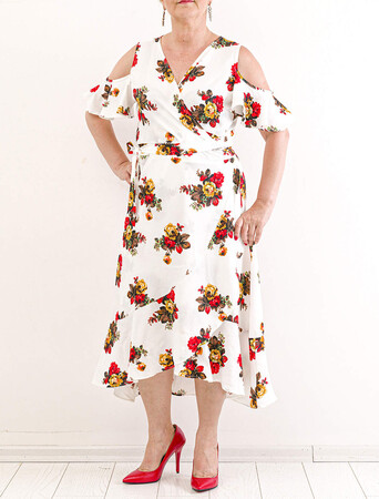Angelino Fashion - Büyük Beden Çiçek Desen Kol Yırtmaç Detay Elbise KL842 Beyaz (1)