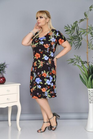 Angelino Fashion - Büyük Beden Çiçek Desenli Elbise AF6603 Siyah (1)