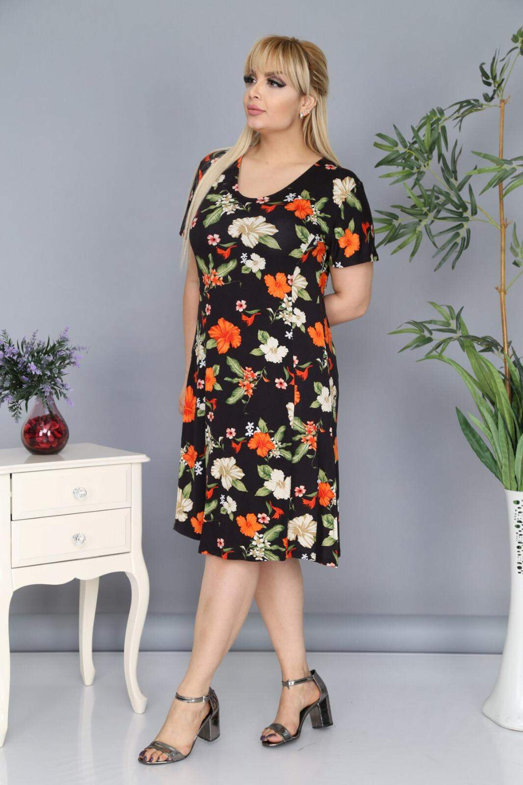 Büyük Beden Çiçek Desenli Elbise AF6604 Siyah