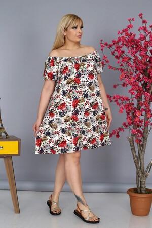 Angelino Fashion - Büyük Beden Kadın Krep Madonna Yaka Gül Çiçek Desenli Dizboyu Yazlık Elbise BTR8854 Beyaz (1)