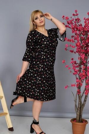 Angelino Fashion - Büyük Beden Kadın Krep Kruvaze V-Yaka Çiçek Desenli Yazlık Uzun Elbise BTR8854 Siyah (1)