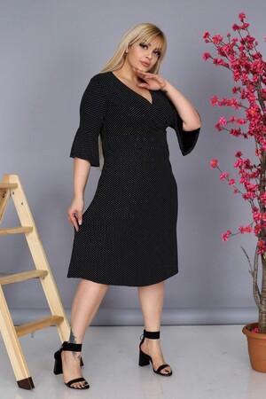 Angelino Fashion - Büyük Beden Kadın Viskon Kruvaze V-Yaka Puantiyeli Uzun Elbise BTR9756 Siyah (1)