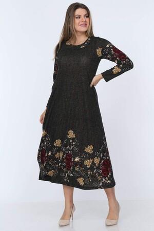 Angelino Fashion - Büyük Beden Örme Çiçek Detay Yuvarlak Yaka Uzun Elbise YM88 Haki (1)
