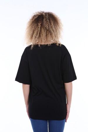 Angelino Butik - Büyük Beden V Yaka Siyah T-shirt TC01 (1)