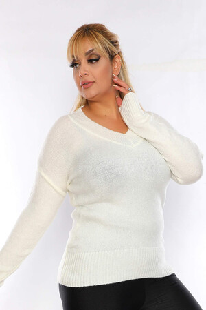 Angelino Fashion - Büyük Beden V Yaka Triko Kazak ST774 Beyaz (1)