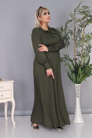 Angelino Fashion - Büyük Beden Viskon Yaka Fular Detay Tesettür Elbise BTR8330 Haki (1)