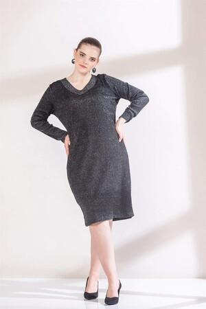 Angelino Fashion - Büyük Beden Yaka Detaylı Simli Triko Elbise RM6803 Füme (1)