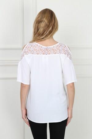 Angelino Fashion - Büyük Beden Yakası Dantel Beyaz Bluz AF601 (1)