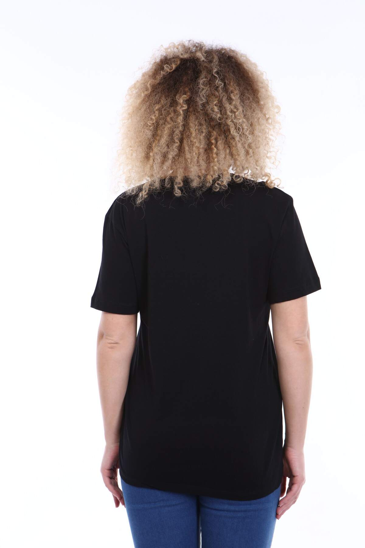 Büyük Beden Yuvarlak Yaka Siyah T-shirt TC02