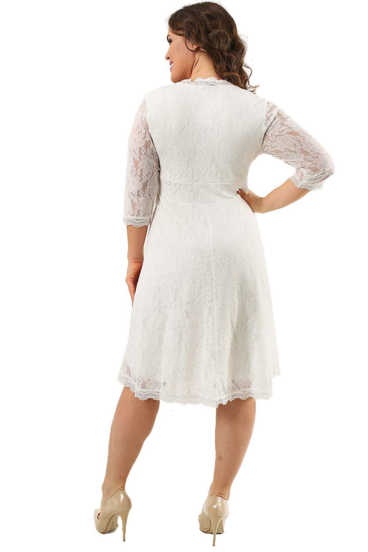 Büyük Beden Likralı Dantelli Kısa Elbise KL70088